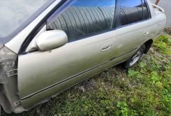 Дверь боковая Toyota Carina