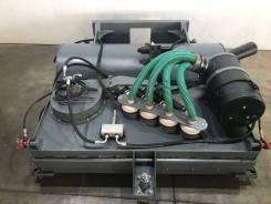 Щетка с передним бункером и пылесосом на BobCat