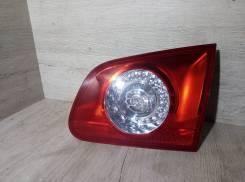 Фонарь задний правый внутренний VW Passat B6 2005-2010г (контракт)