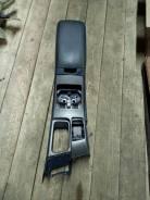 Бардачок между сиденьями Nissan Largo VNW30