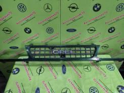 Решетка радиатора Opel Frontera A