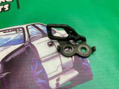 Петля замка багажника Toyota Mark II Chaser Cresta gx100 jzx100