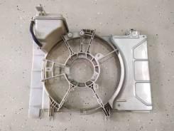Диффузор радиатора Toyota Vitz XP90 Belta XP90 Ractis P100 1,0л 1,3л