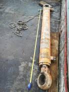 Гидроцилиндр длина 190 см, диаметр 18 см, диаметр штока 9 см