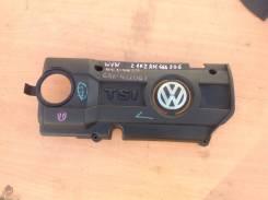 Накладка на двигатель Golf 03C103925AM