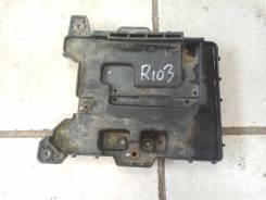 Полка под аккумулятор KIA RIO 3 2011-2017 Solaris 2011-2017