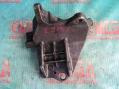 Кронштейн компрессора кондиционера Subaru Legacy BP5, EJ20X