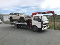 Услуги грузовика крановой установкой и сьезжающей платформой