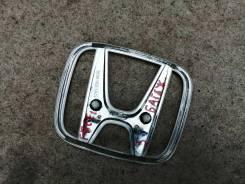 Эмблема багажника Honda Freed