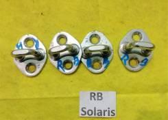 Петля замка двери Hyundai Solaris RB