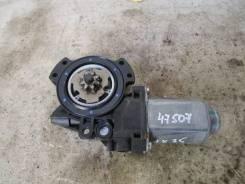 Моторчик стеклоподъемника передний правый Hyundai IX35/Tucson 2010>