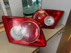 Фонарь задний вставка правый и левый Mazda 6, Atenza