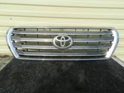 Решетка радиатора Toyota Land Cruiser 200 12-15