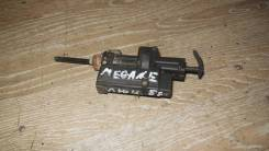 Замок лючка топливного бака Renault Megane [8200305732]