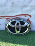 Toyota Hilux 2015- значок решетки радиатора Хайлюкс 753100k010