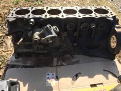 Двигатель в разобранном состоянии под ремонт с коробкой и навесным 1JZ