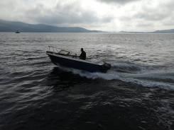 Катер, мото-лодка.