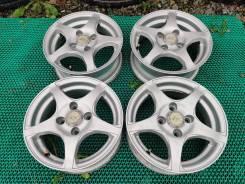 Комплект литых дисков Grass R13