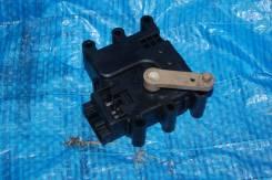 Мотор заслонки отопителя Mazda CX-7