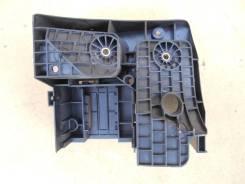 Кронштейн блока предохранителей VW Caddy 3