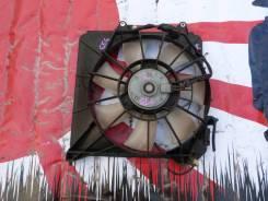 Диффузор радиатора Honda Fit правый