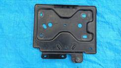 Крепление аккумулятора Cadillac Escalade 2008г 6.2L