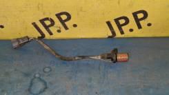 Датчик положения коленвала Toyota Mark II GX100 1GFE