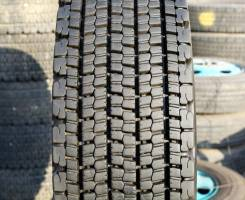 Bridgestone W900 (7 LLIT.), 11R22.5 (295/80R22.5)