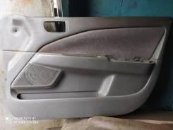 Обшивка двери Toyota Corona Premio, Carina