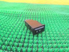 Кнопка включения обогрева стекла Toyota Corona SF ST190, 4SFE
