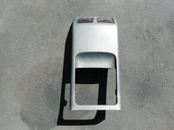Задняя панель бардачка между сидений Nissan X-trail NT31 MR20 2010