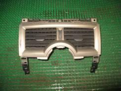 Дефлектор торпедо центральный Renault Megane 2 (LM0C)