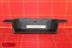 Накладка бампера заднего верхняя (15-) OEM 521590K290 Toyota Hilux 8