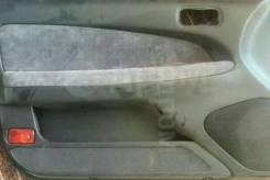 Обшивка двери L Nissan Cefiro A32