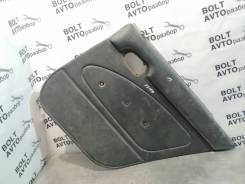 Обшивка двери задней правой Toyota Sprinter Van [67630-13200-B0]