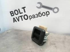 Кнопка стеклоподъемника переднего левого Toyota Sprinter Van [84810-10020-P0]