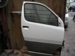 Дверь Toyota Grand Hiace, правая передняя