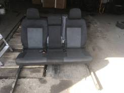 Opel Zafira B сиденья задние