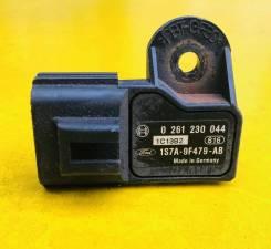 Датчик абсолютного давления во впускном коллекторе Ford Mondeo III 2000-2007 [0261230044,1S7A9F479AB]
