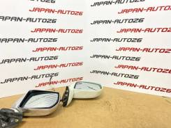 Зеркало правое на Nissan Liberty RM12