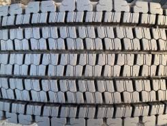 Bridgestone W900, 11/70 R22.5 14PR LT, 275/70 R22.5 148/145J