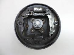 Щит опорный Lada Largus 2012> [7701070954, 7701070956, 430426964R]