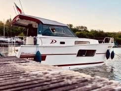 Водоизмещающая моторная яхта Delphia 800 Escape