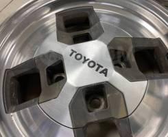 Два колпачка Toyota