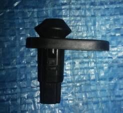 Концевик двери TY 84231-60070