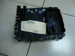 Блок предохранителей Volkswagen Tiguan 1K0937125A