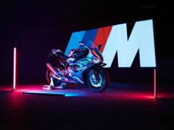 BMW M 1000 RR Light WhiteM Motorsport, 2020