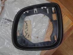 Volkswagen Amarok накладка зеркала заднего вида левого средняя новая