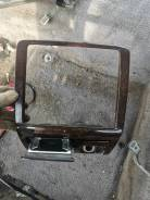 Продам рамку магнитолы пепельница на Toyota Crown JZS153