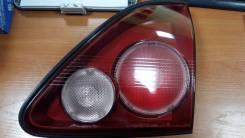 Фонарь крышки багажника правый Toyota Harrier 1997-2003 8158048010